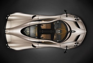 Pagani-Huayra-Top-View-m8web